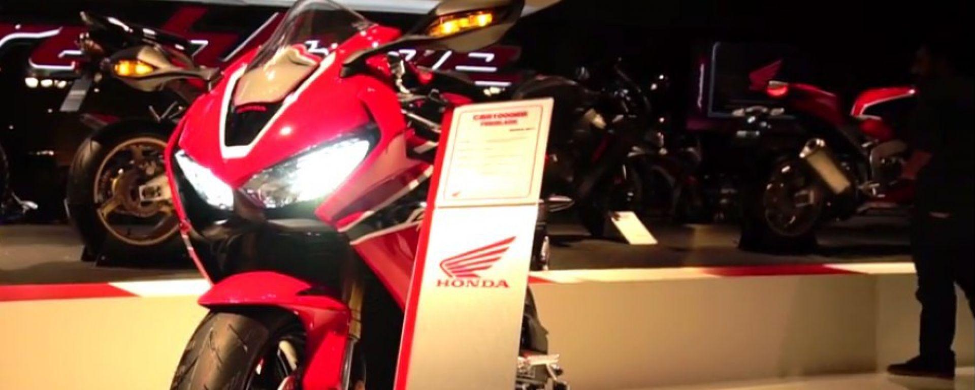 Live Eicma 2016: Honda CBR 1000 Fireblade in video