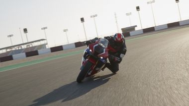 Honda CBR 1000 RR-R in pista