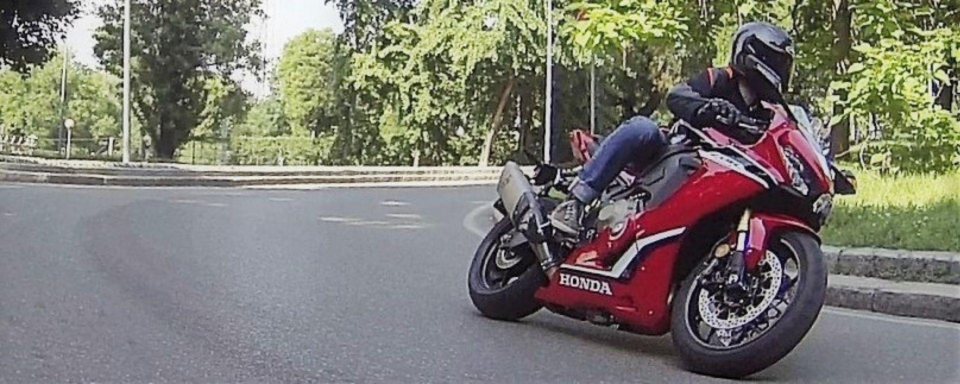 Honda CBR1000RR Fireblade 2018: la prova su strada
