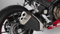 Honda CBR500R 2019: dettaglio scarico