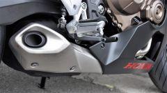 Honda CBR650F: dettaglio dello scarico