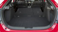 Honda Civic 5 porte 2017: il vano di carico è ben sfruttabile una volta abbattuti i sedili