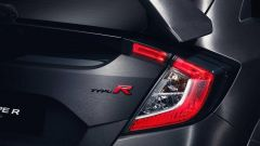 Honda Civic Type R - dettaglio gruppo ottico posteriore