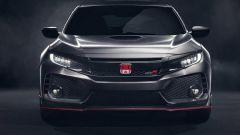 Honda Civic Type R - il profilo rosso nella parte frontale dell'auto