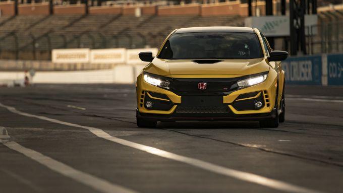 Honda Civic Type R Limited Edition, solo in colore giallo