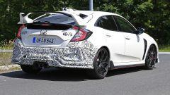 Honda Civic Type R, è già tempo di restyling. Le foto spia - Immagine: 6