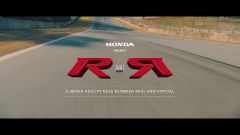 Honda Civic Type R: sfida tra pilota reale e videogiocatore - Immagine: 1