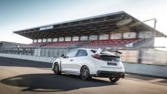 Honda Civic Type R vs Ford Focus RS in pista: guarda il video  - Immagine: 3