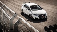 Honda Civic Type R vs Ford Focus RS in pista: guarda il video  - Immagine: 5