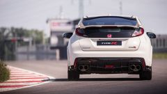 Honda Civic Type R vs Ford Focus RS in pista: guarda il video  - Immagine: 9