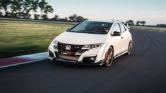 Honda Civic Type R vs Ford Focus RS in pista: guarda il video  - Immagine: 14