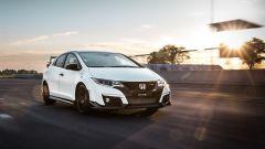 Honda Civic Type R vs Ford Focus RS in pista: guarda il video  - Immagine: 16
