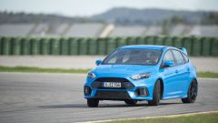 Honda Civic Type R vs Ford Focus RS in pista: guarda il video  - Immagine: 25