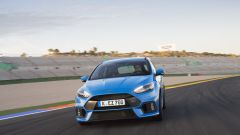 Honda Civic Type R vs Ford Focus RS in pista: guarda il video  - Immagine: 28