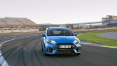 Honda Civic Type R vs Ford Focus RS in pista: guarda il video  - Immagine: 29
