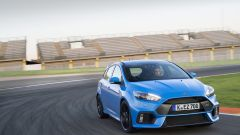 Honda Civic Type R vs Ford Focus RS in pista: guarda il video  - Immagine: 31