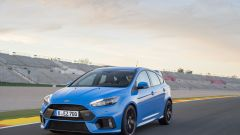 Honda Civic Type R vs Ford Focus RS in pista: guarda il video  - Immagine: 36