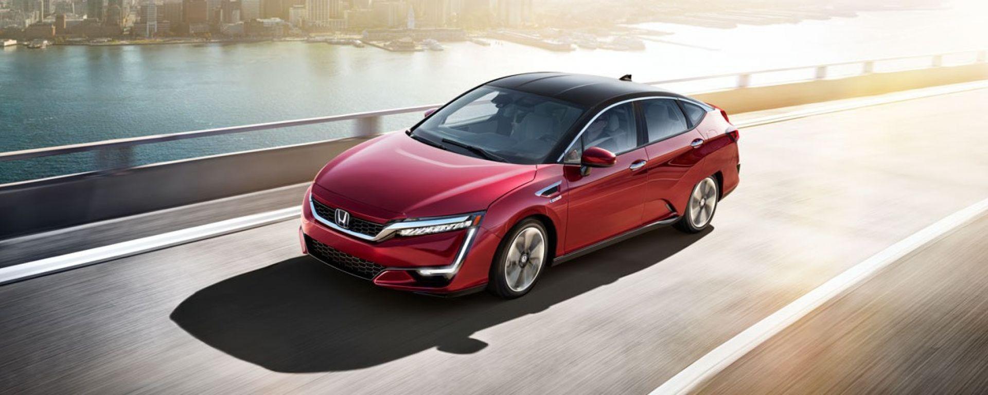 Honda Clarity Fuel Cell: vista di 3/4 dall'alto