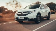 Honda CR-V Hybrid: la prova su strada del SUV ibrido - Immagine: 2