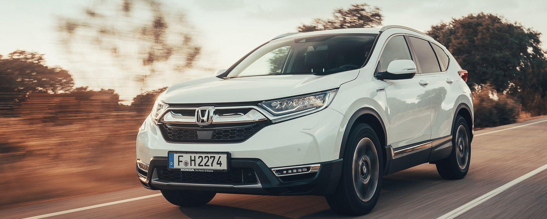 Honda CR-V Hybrid: la prova su strada del SUV ibrido