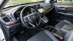 Honda CR-V Hybrid: dettaglio posto di guida