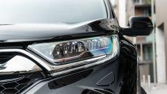 Honda CR-V Hybrid e:HEV, il faro anteriore