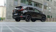 Honda CR-V Hybrid e:HEV, vista 3/4 posteriore