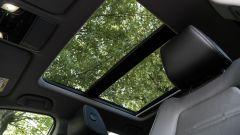 Honda CR-V Hybrid: il tettuccio panoramico apribile