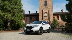Honda CR-V Hybrid: vista 3/4 anteriore