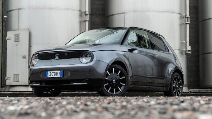 Honda-e: il 3/4 anteriore
