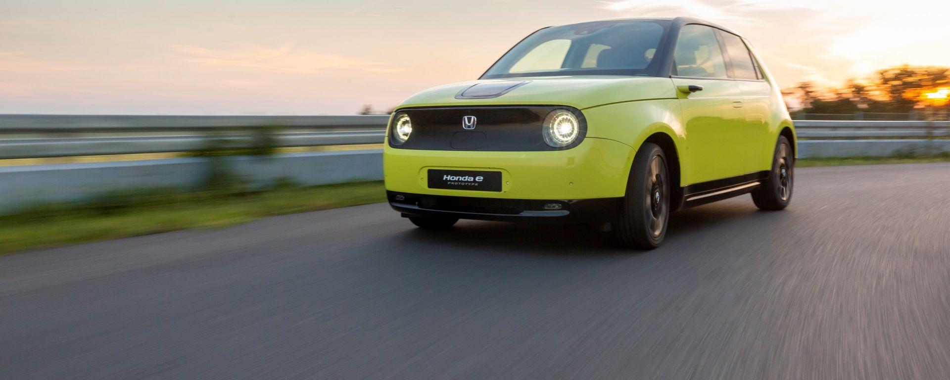 Honda e: l'anteriore