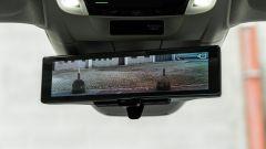 Honda-e: retrovisore digitale