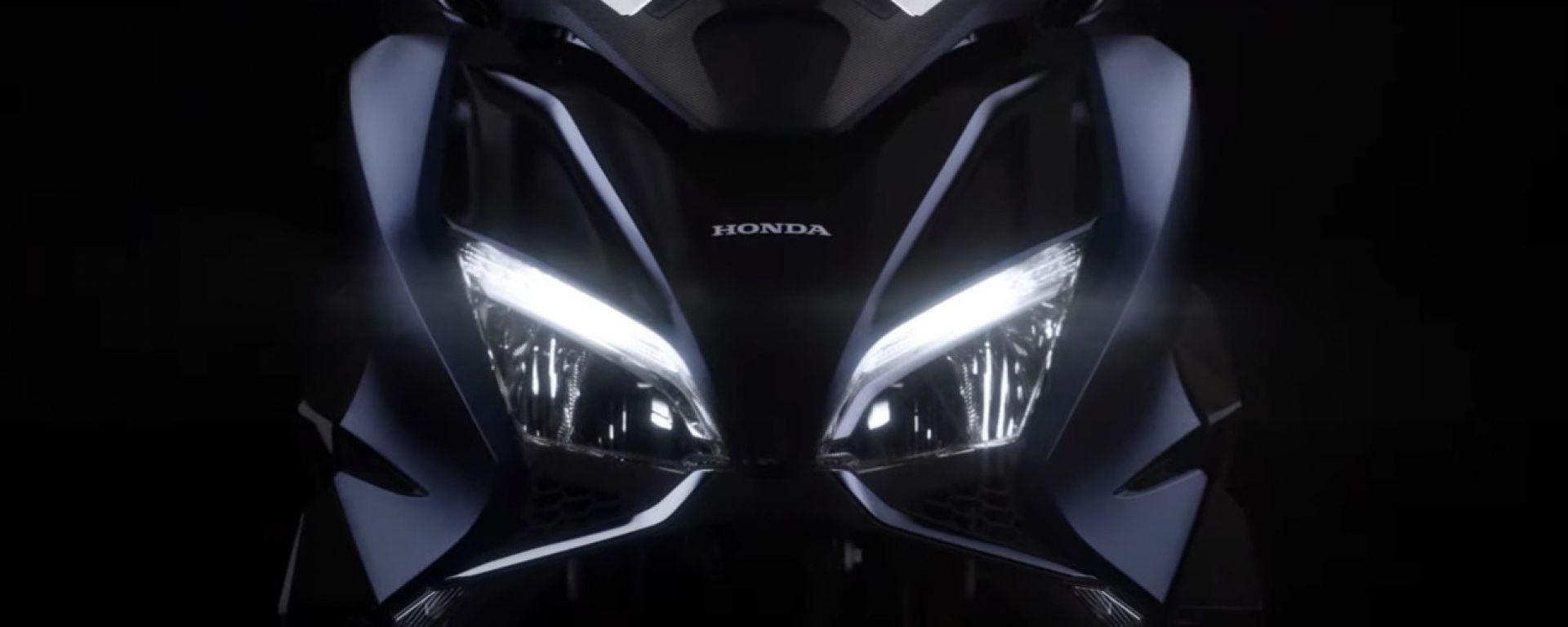 Honda Forza 750: il frontale col faro a LED
