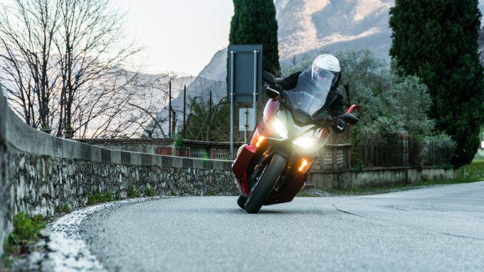 Honda Forza 750 in azione