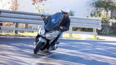 Honda Forza 350 2021: le opinioni dopo la prova su strada (VIDEO) - Immagine: 13