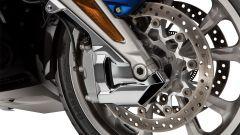 Honda GL 1800 Gold Wing 2020: pinze freno carenate a 6 pistoncini