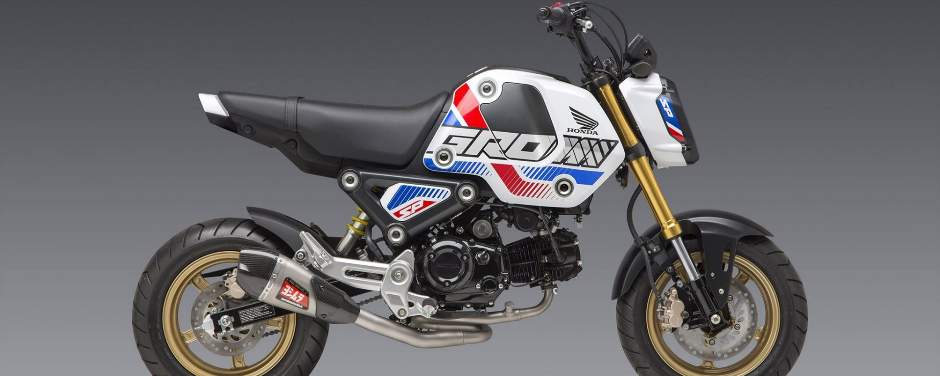 Honda Grom con scarico racing Yoshimura RS-9T