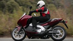 Immagine 10: Honda Integra: la prova in video