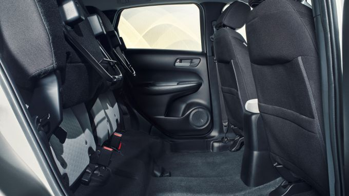 Honda Jazz Crosstar 2020: i Magic Seat sollevati