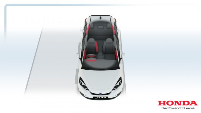Honda Jazz e:HEV 2021: un sistema di 10 airbag per la monovolume ibrida