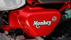 Honda Monkey 125 2018: dettaglio del fianchetto