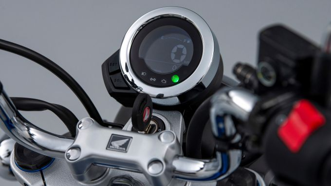 Honda Monkey 125 2022: la strumentazione LCD