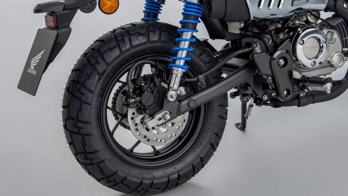 Honda Monkey 125 2022: le nuove molle degli ammortizzatori posteriori