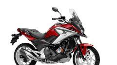Honda NC750X 2016: in concessionaria da 7.390 euro - Immagine: 2