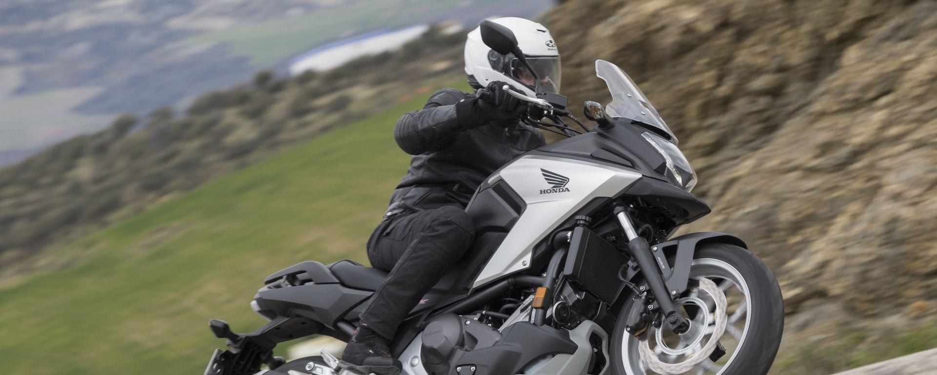 Honda NC750X 2016: il video