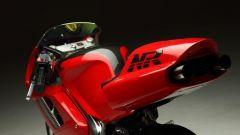 Honda NR 750 in miniatura: visuale di 3/4 posteriore