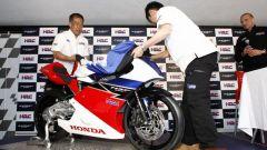 Honda svela ufficialmente la NSF250R Moto3 - Immagine: 11