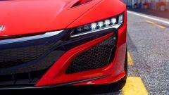 Honda NSX: le luci anteriori a led