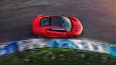 Honda NSX: sembra quasi di guidare su dei binari invisibili