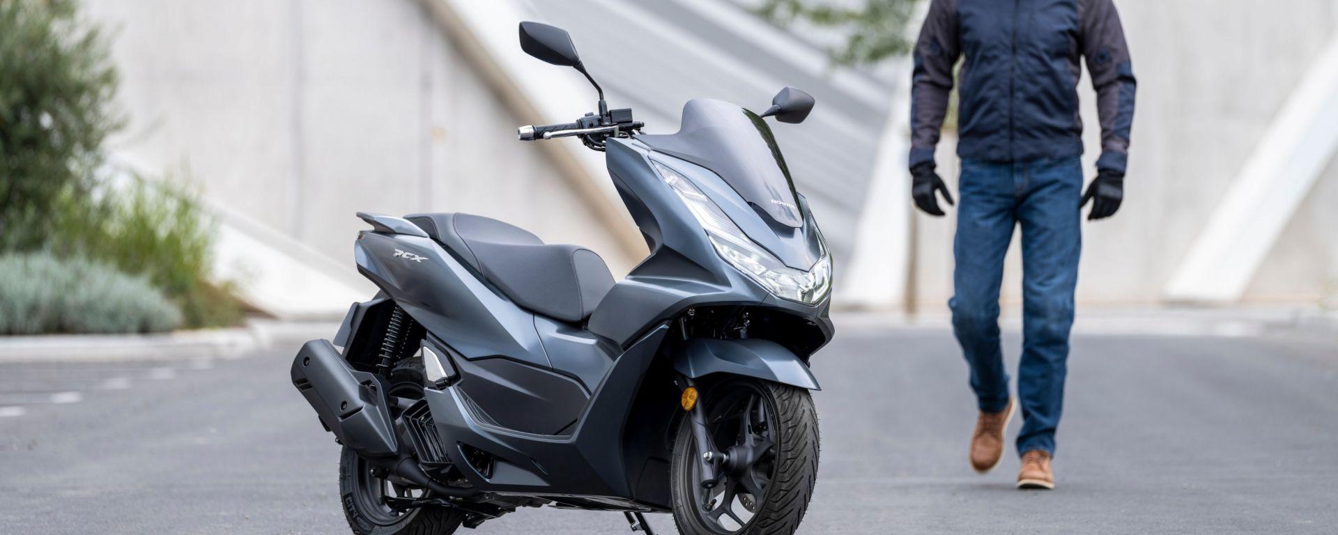 Honda PCX 125 2021: come cambia